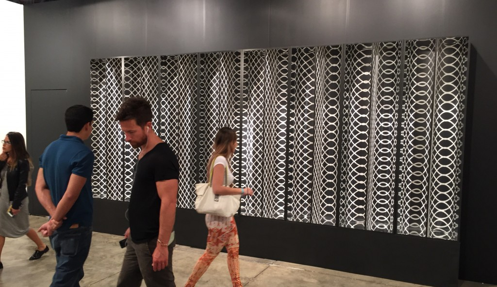 Julio Le Parc's crowd-pleaser at Galeria Nara Roesler