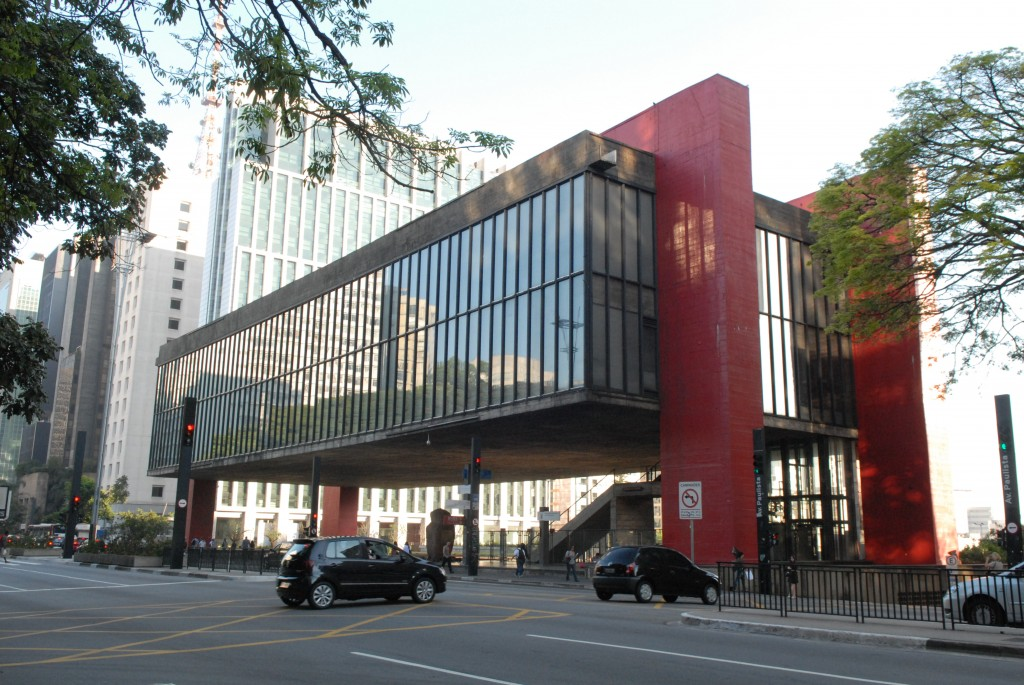 MASP façade at Paulista Avenue, 2015