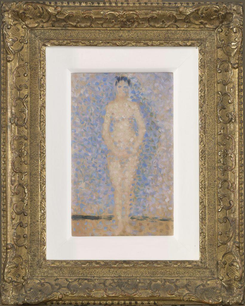 """Georges Seurat (1859-1891), """"Poseuse debout, de face"""" [Modelo de pé e de frente], 1886, Óleo sobre madeira, 25 x 15,7 cm,Paris, Musée de l'Orangerie © RMN-Grand Palais (musée d'Orsay) / Adrien Didierjean"""