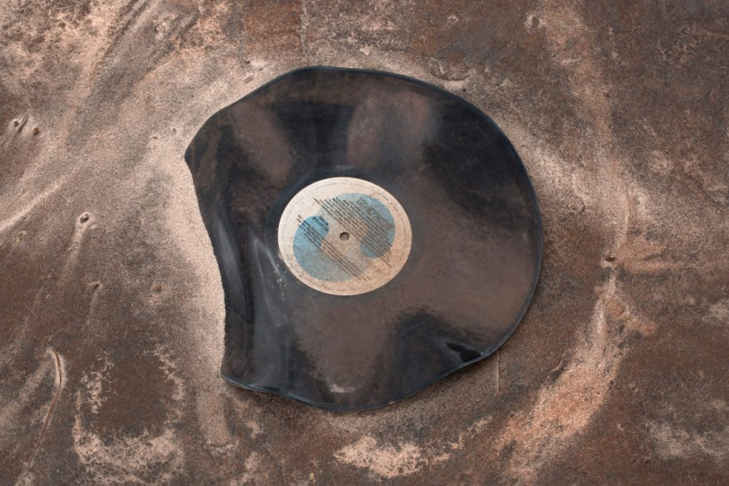 Christian Cravo, Som livre (Free Sound), print on cotton paper, 60 X 75cm, edition 1:5, courtesy Dan Galeria