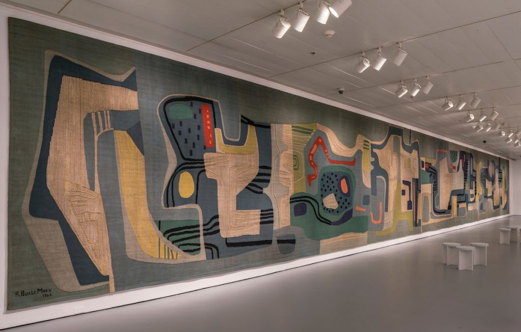 Installation view of the exhibition Roberto Burle Marx: Brazilian Modernist, May 6 - September 18, 2016. The Jewish Museum, NY: Roberto Burle Marx, tapestry for Santo André Civic Center, 1969, wool/Photo: David Heald.
