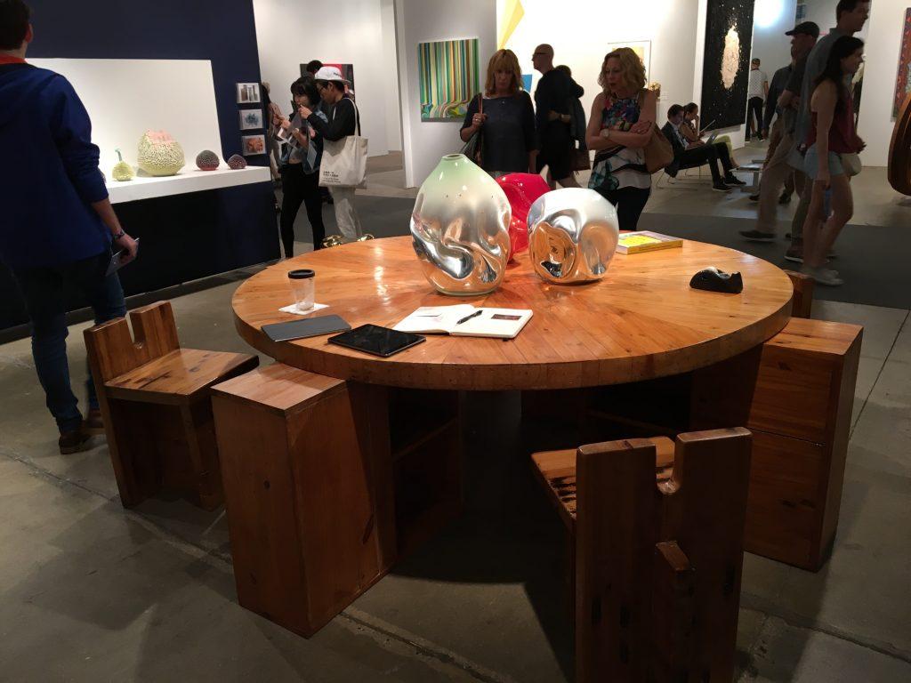 Lina Bo Bardi's table and chairs at R & Company