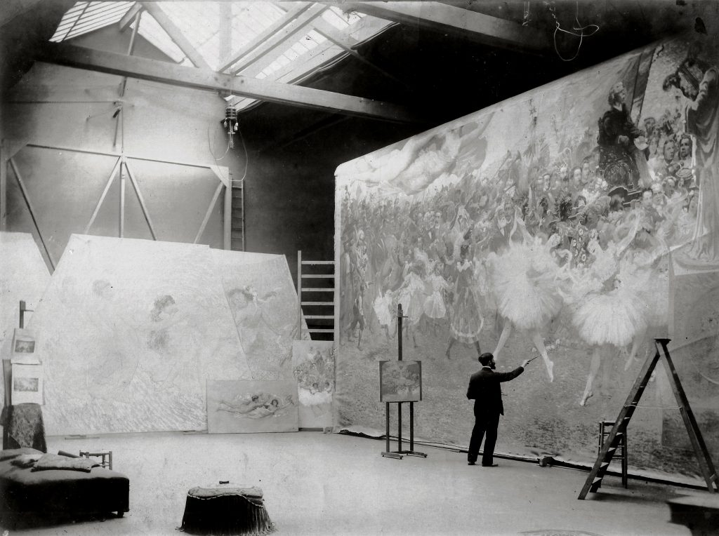 Eliseu Visconti in his Paris studio working on the proscenium curtain of Rio's Opera House, 1907. Courtesy Projeto Eliseu Visconti