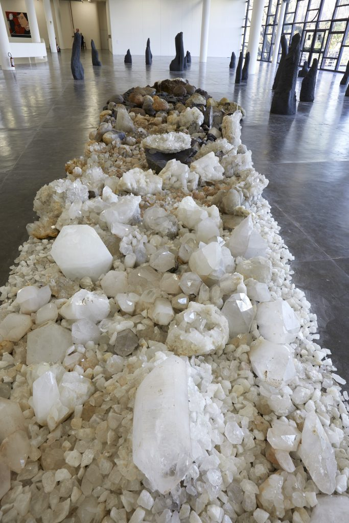 Large path-like formation of geodes, quartz and amethyst